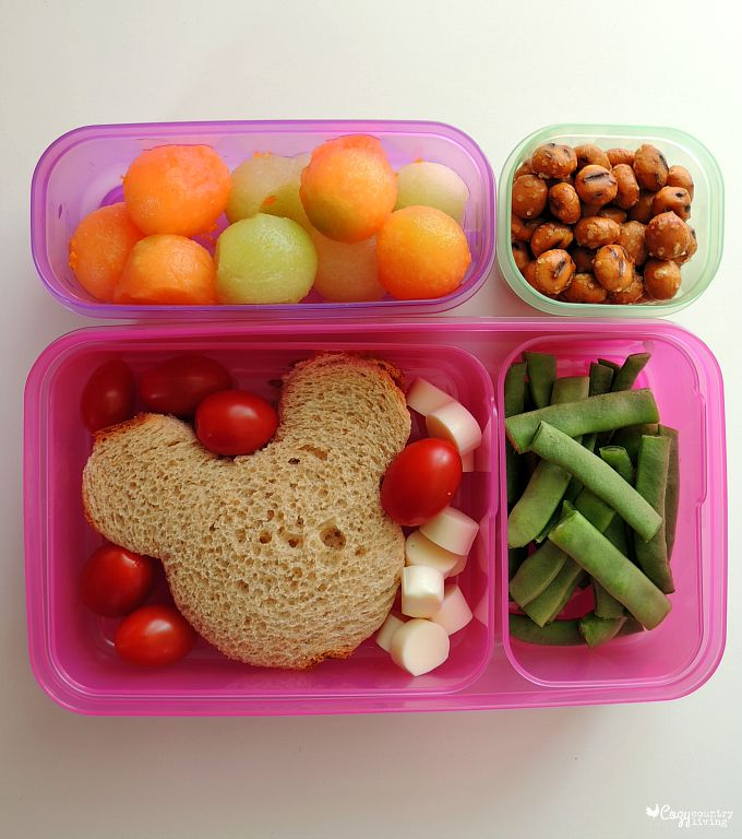 Sep 05, · We've got you covered with 25 creative lunch box ideas to start the school year off in a less stressful way. These recipes are fun, kid-friendly, and .